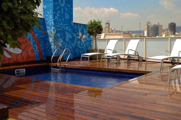 Swimming pool Ciutat Barcelona Hotel Barcelona