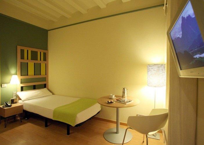 Room ciutat barcelona hotel